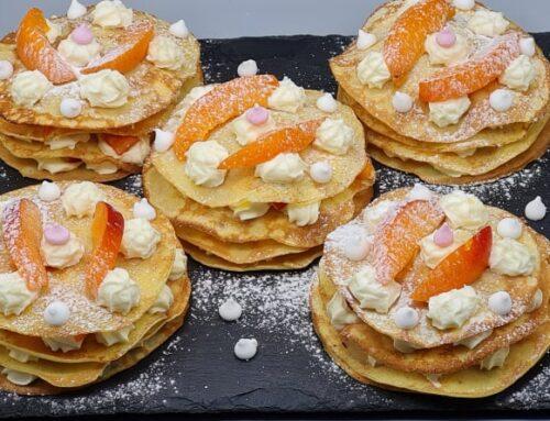 Minis Gâteaux de Crêpes Fruits et Chantilly